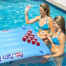 Wasser-Luft-Matratze-Bier-Pong