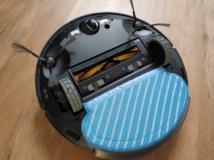 Ecovacs Deebot Ozmo 950 Saugroboter Wischfunktion Tank