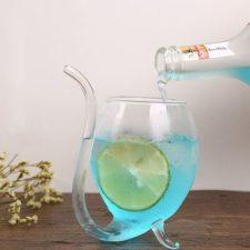 Gläser mit Strohhalm Flasche