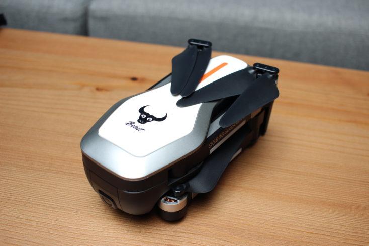 ZLRC Beast Drohne eingeklappt
