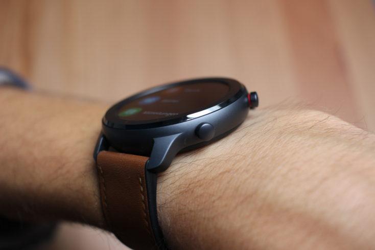 Huami Amazfit GTR 47 mm Smartwatch seitlich