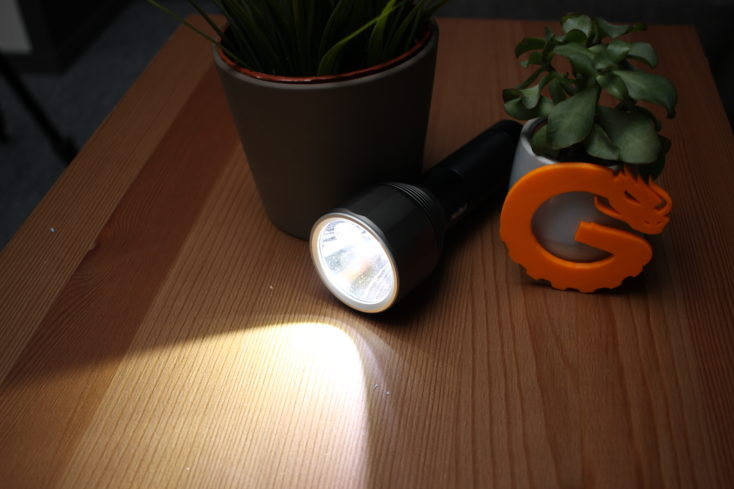 NexTool Taschenlampe 2000 Lumen