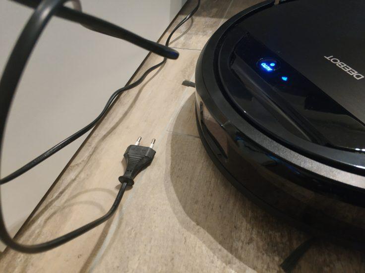 Ecovacs-Deebot-Ozmo-960-Saugroboter-Kabel-Erkennung