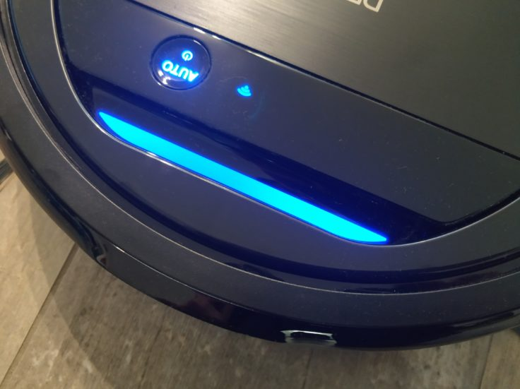 Ecovacs Deebot Ozmo 960 Saugroboter Leuchten