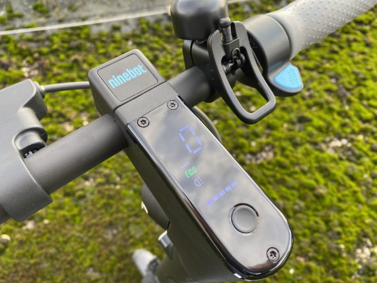 Segway Ninebot MAX G30D Display und Power Button