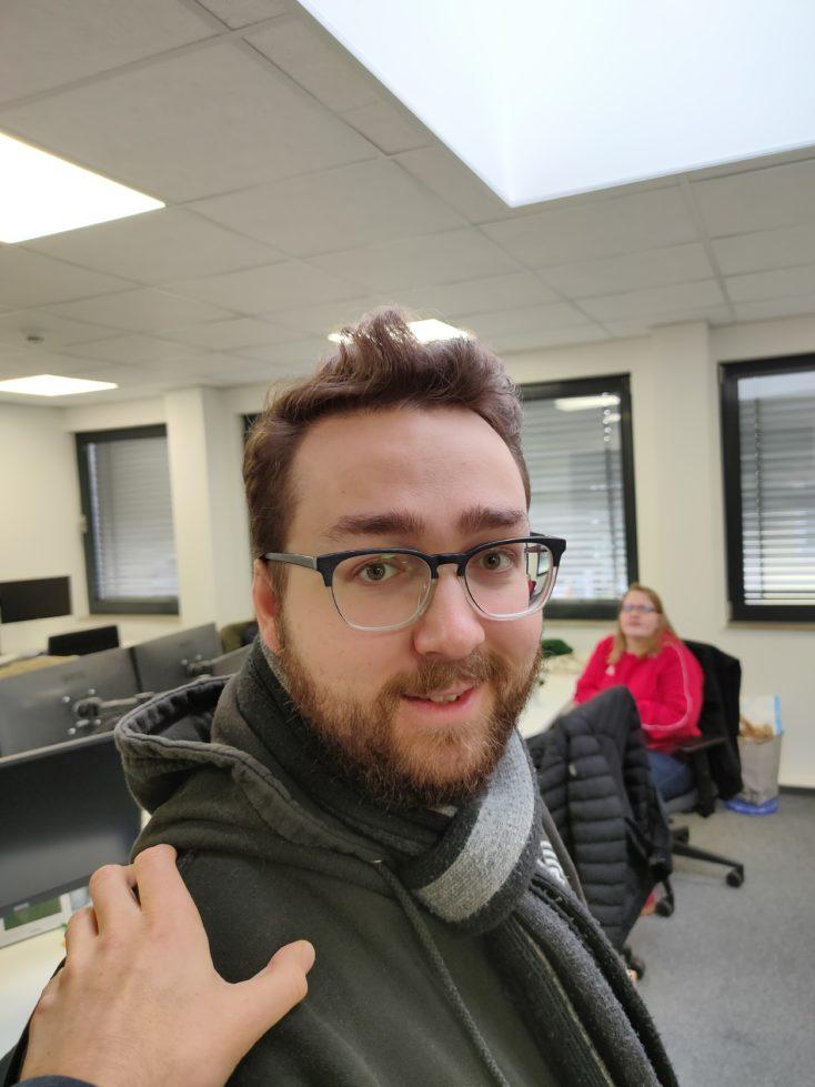 Realme X2 Hauptkamera Testfoto Person