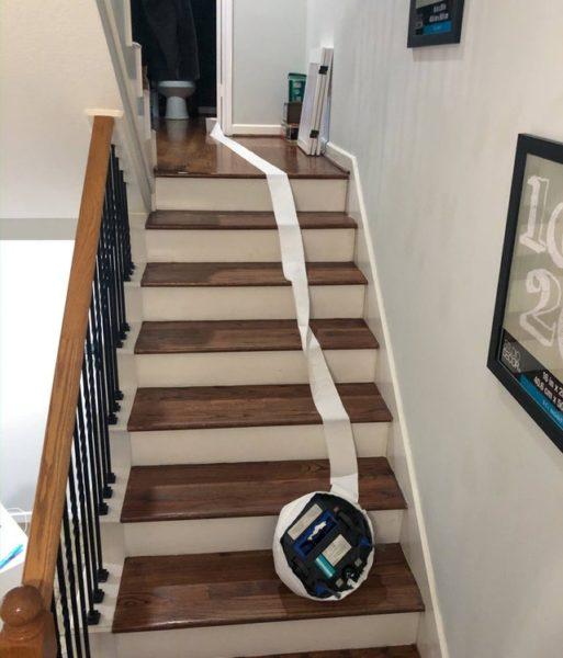 Saugroboter Treppenabsturz
