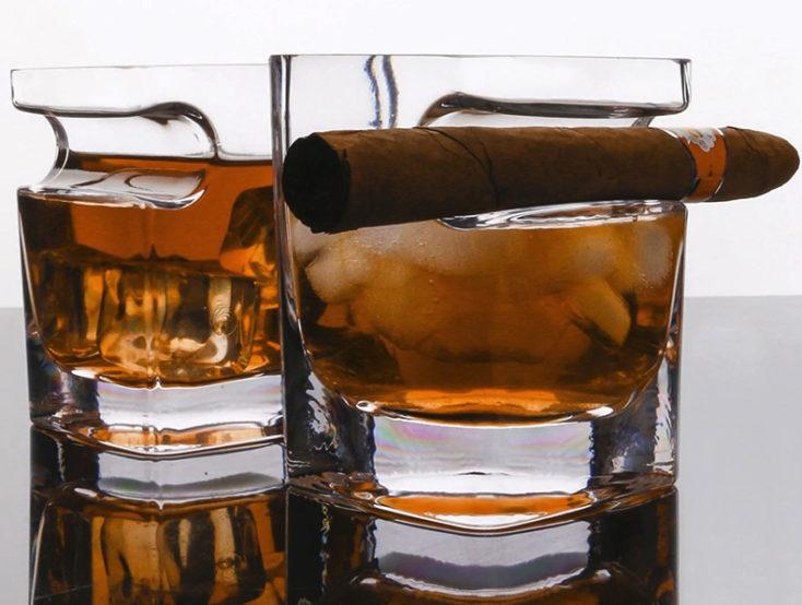Whiskeyglas Zigarre Halterung