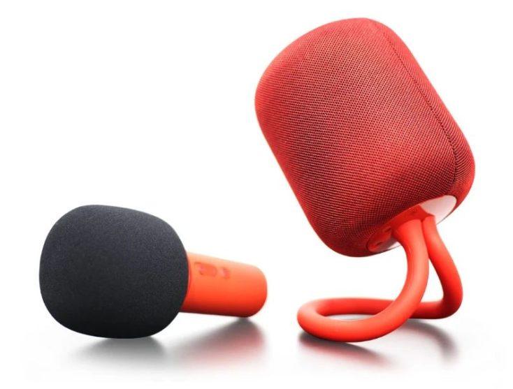 Karaoke Maschine in rot.