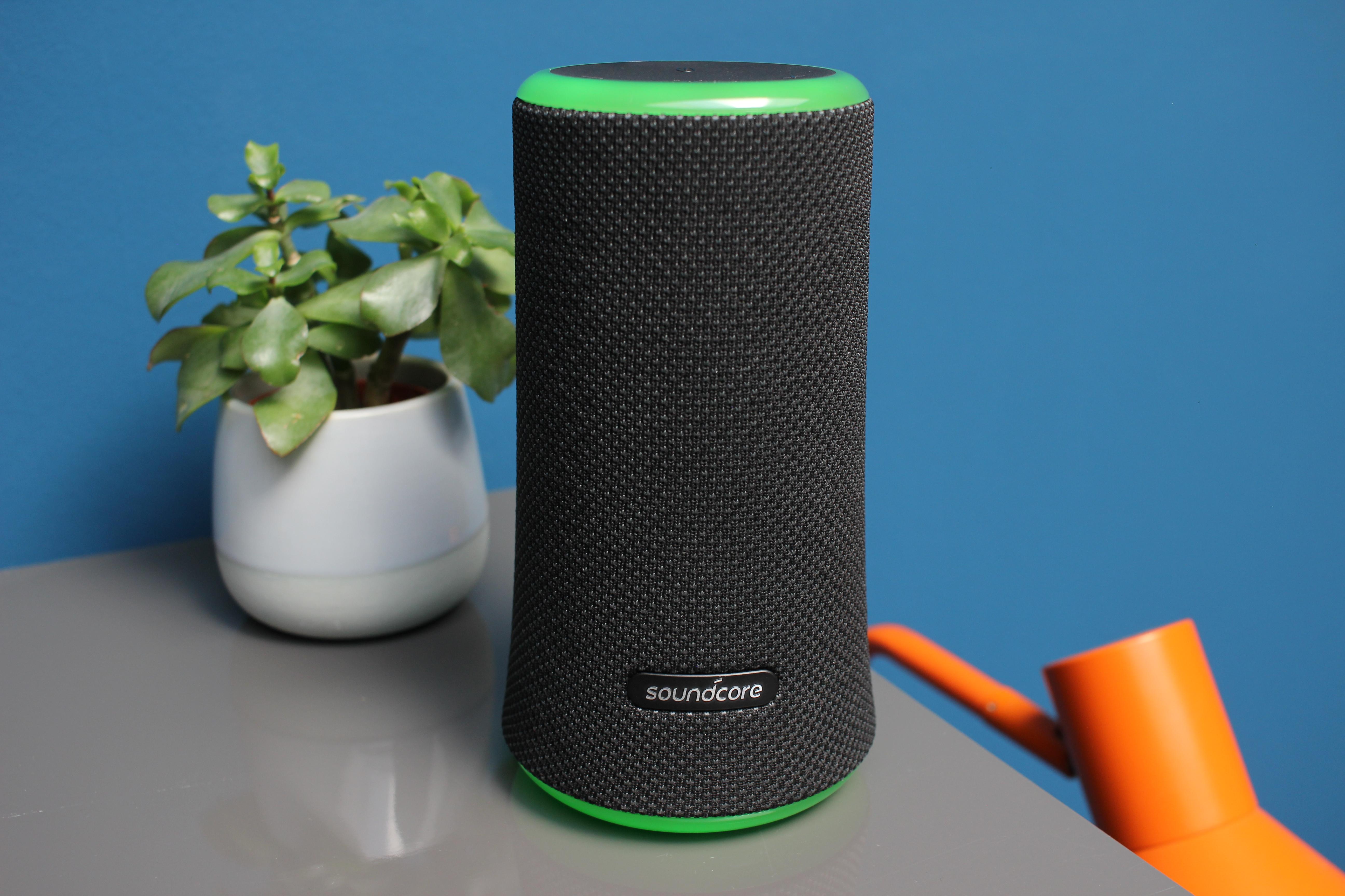 anker soundcore flare 2 test party lautsprecher mit 360 sound leds. Black Bedroom Furniture Sets. Home Design Ideas