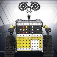 Roboter-Bausatz in Halle.