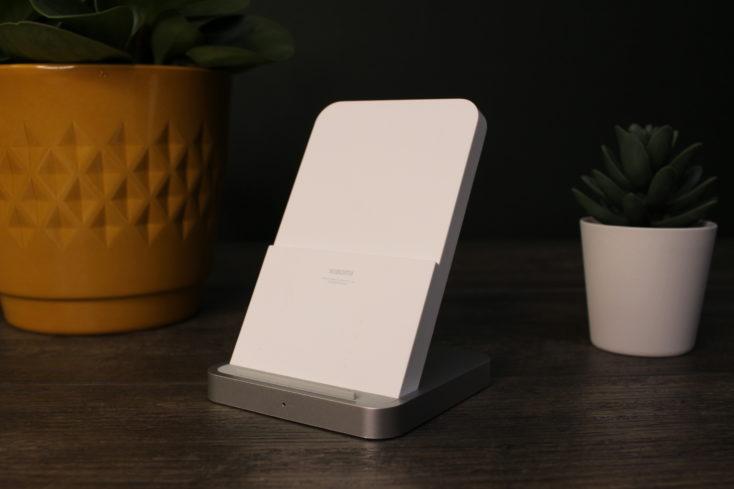 Xiaomi 30W Qi Ladegeraet Stand