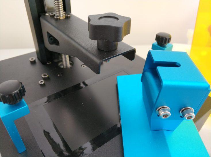 Anycubic Photon Zero Aufhaengung der Druckplatte