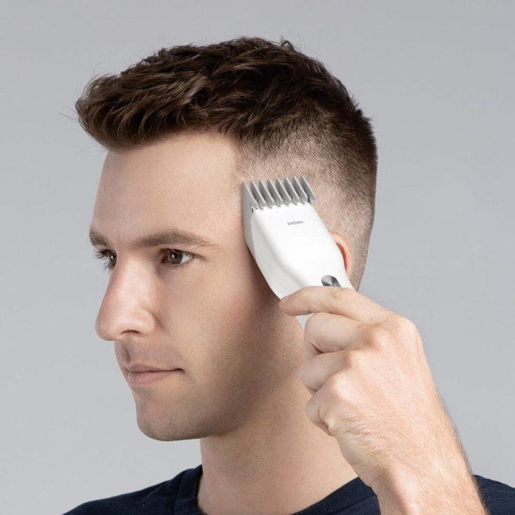 Xiaomi Enchen Boost Haarschneidemaschine beim Rasieren