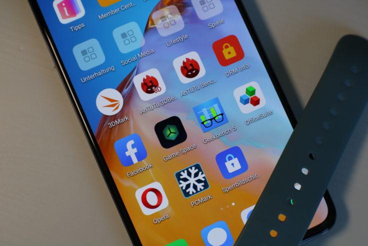 Huawei P40 Smartphone Display