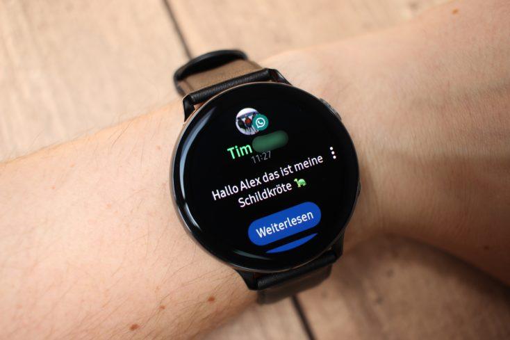 Samsung Galaxy Watch Active 2 WhatsApp