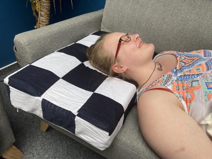 U2 Kissen Schlafen
