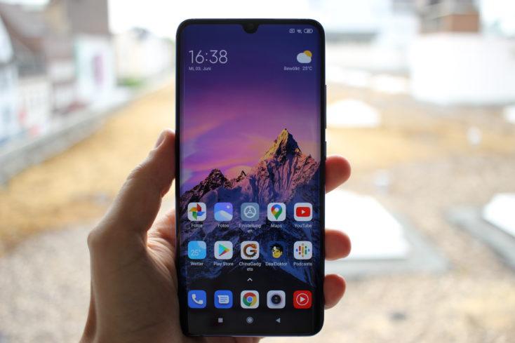 Xiaomi Mi Note 10 Lite Display draussen