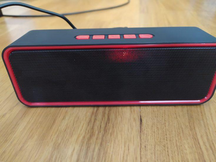 Amazon 10 Speaker vorne