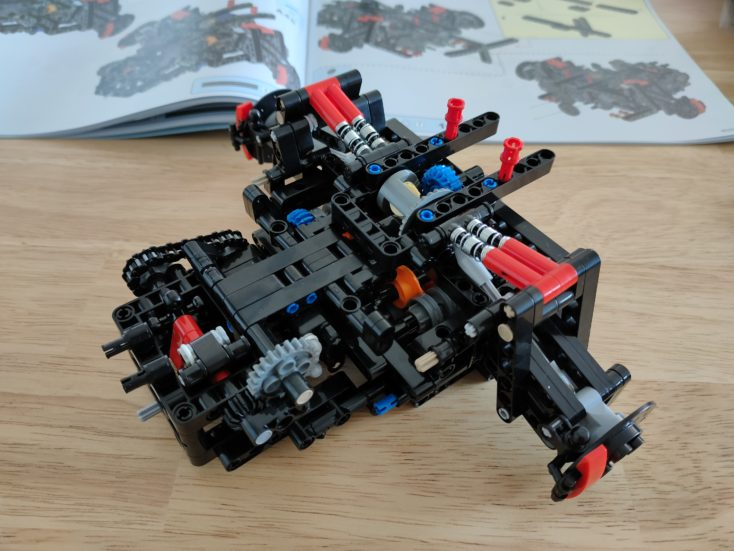 CaDA C61041 Hinterachse und Getriebe