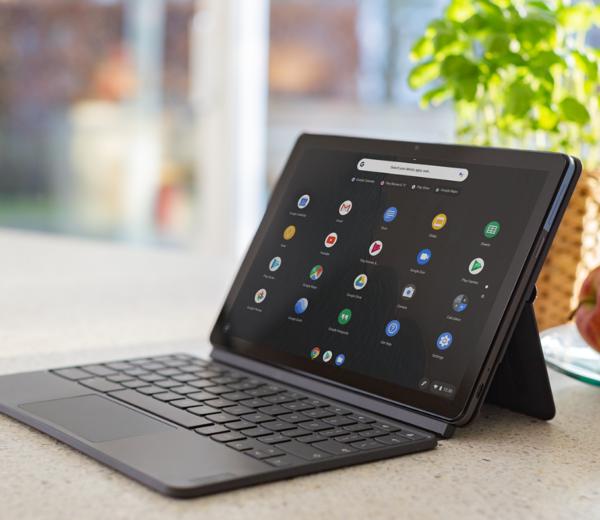 Lenovo_IdeaPad_Duet_Chromebook_auf_dem_Tisch