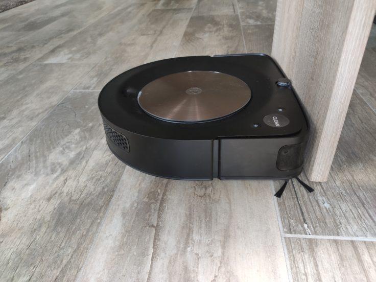 iRobot Roomba s9 Saugroboter D Form