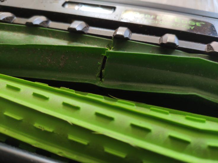 iRobot Roomba s9 Saugroboter Unterseite kaputte Walze