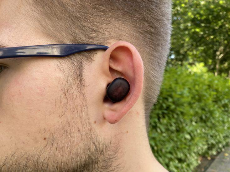 Amazfit PowerBuds im Ohr ohne Buegel
