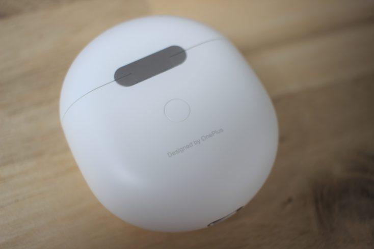 OnePlus Buds Design by OnePlus