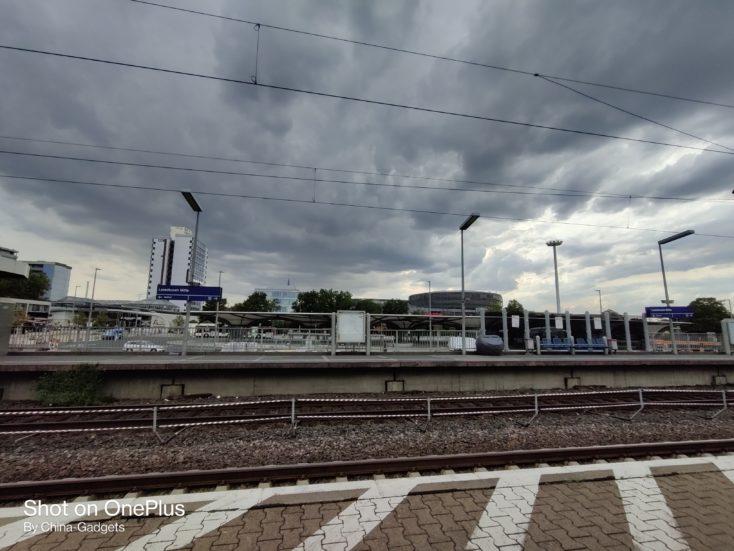 OnePlus Nord Ultraweit Bahnhof