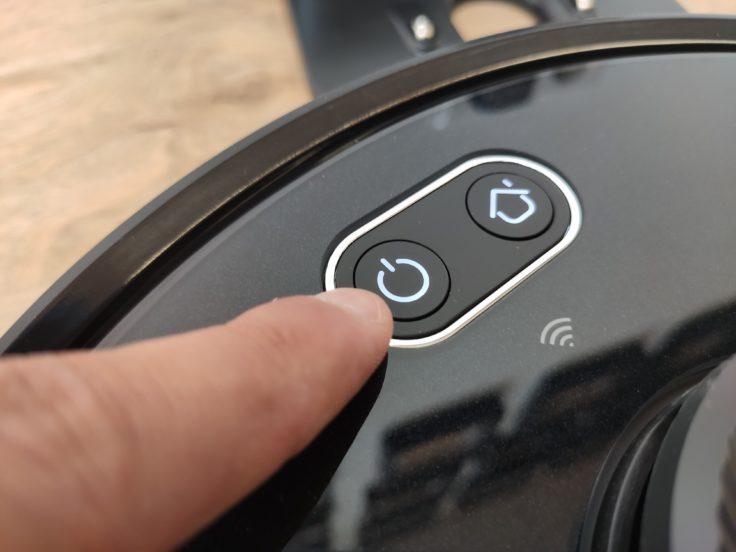 Simum 6 Saugroboter Bedienelemente Buttons