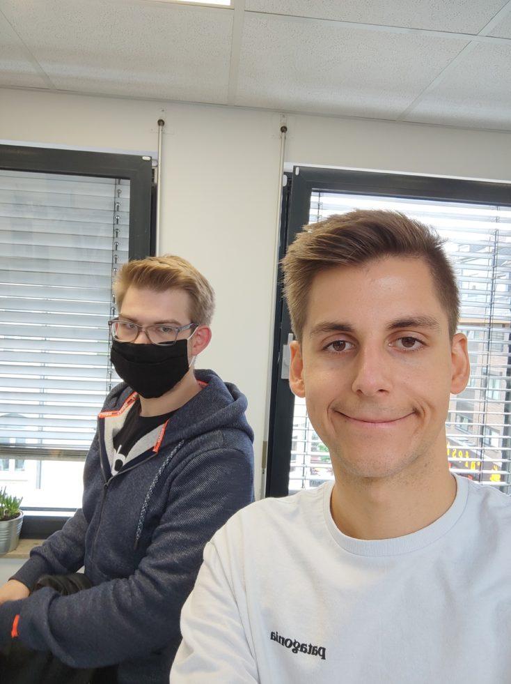 Xiaomi Mi 10 Ultra Testfoto Selfie zwei Personen