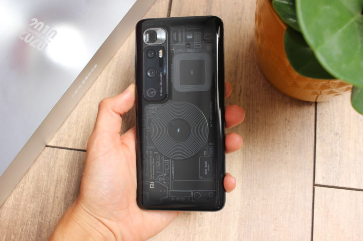 Xiaomi Mi Ultra smartphone backside transparent 1