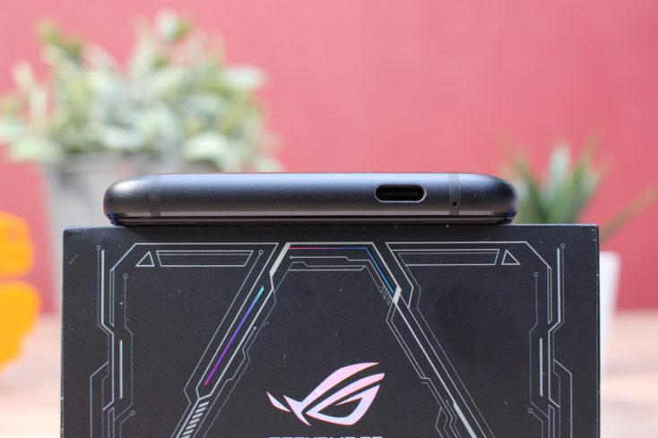 Asus ROG Phone 3 USB C unten