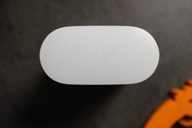 Haylou T19 Kopfhoerer Ladhuelle von oben