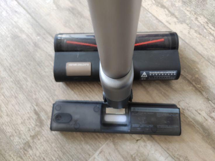 Roidmi NEX 2 Pro Akkustaubsauger Wassertank magnetisch anbringen