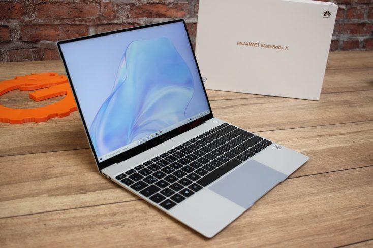 Huawei MateBook X Notebook von der Seite