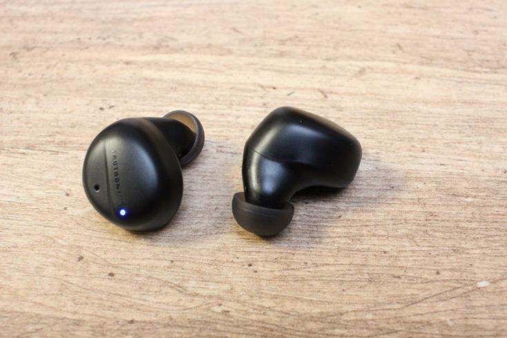 TaoTronics Soundliberty 94 Kopfhoerer Vor-Rückseite