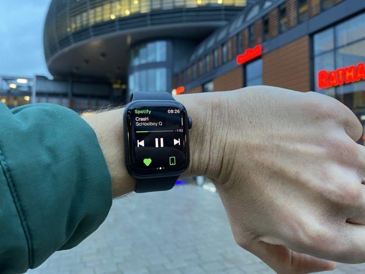 Apple Watch SE Musiksteuerung