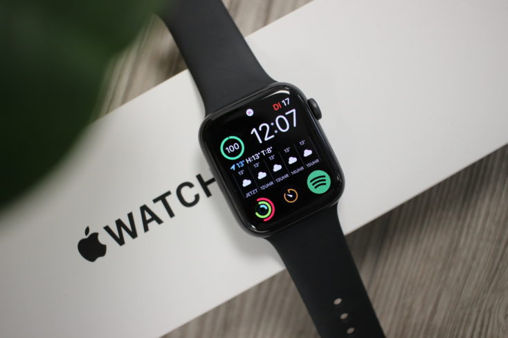 Apple Watch SE Smartwatch Display oben