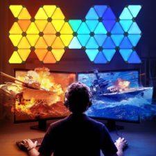 HUIZO Lichtpanel über dem Computer