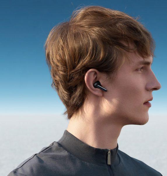 OPPO Enco X Kopfhoerer im Ohr