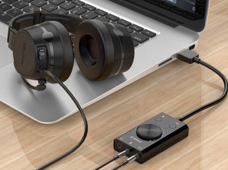 Orico Soundkarte in Laptop eingesteckt