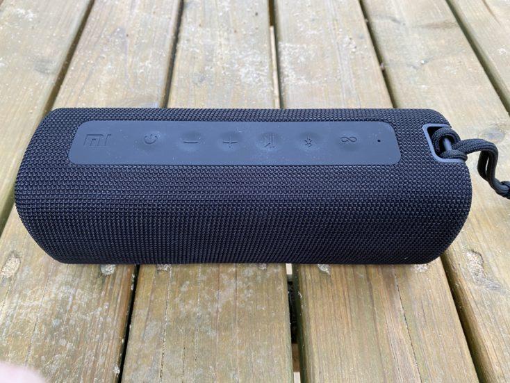 Xiaomi Mi Portable Bluetooth Lautsprecher Knoepfe