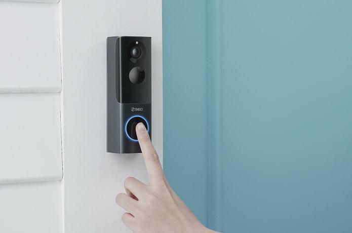 360 Video Doorbell X3 an der Hauswand