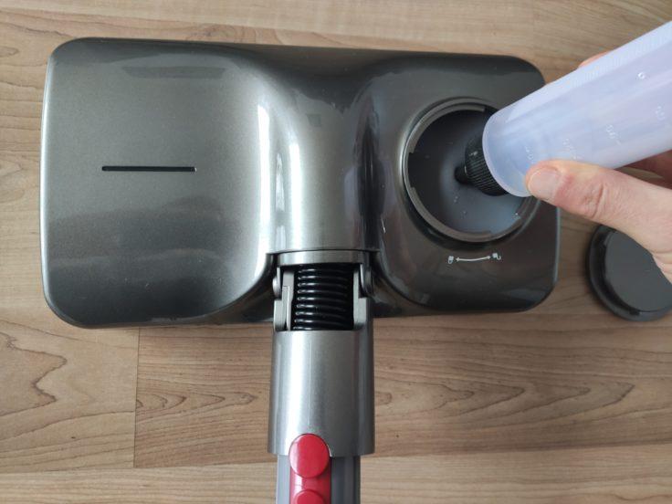 Djive Extension Wischaufsatz mit Wasser befüllen