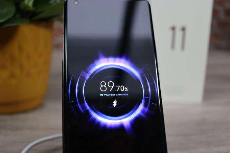 Xiaomi Mi 11 50W Qi Laden
