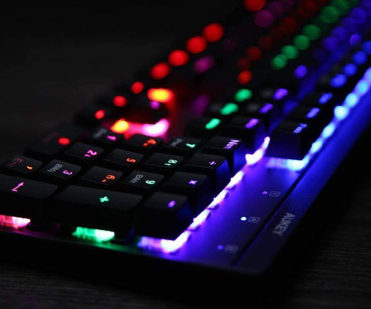 AUKEY KM-G6 Mechanische Gaming Tastatur Beleuchtung