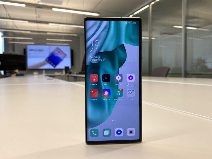 OPPO X 2021 Rollable Smartphone Display eingefahren