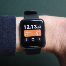 Xiaomi Mi Watch Lite Smartwatch am Arm 2